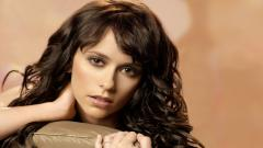 Brunette Wallpaper 47526