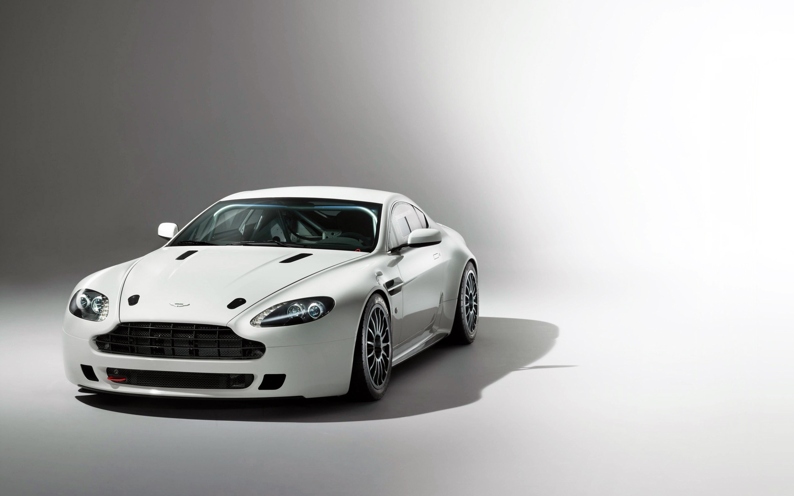 aston martin vantage gt4 front view wallpaper 47708