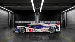 Toyota TS040 Hybrid Race Car Side View Wallpaper 47720