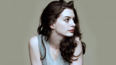 Anne Hathaway Desktop Wallpaper 51890