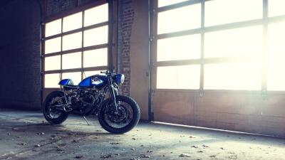 Blue Motorcycle Garage Wallpaper 51938