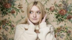 Dakota Fanning Widescreen Wallpaper 50139