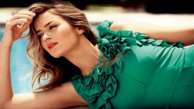 Emily Blunt Actress Wallpaper 51900