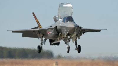 F35 Plane Landing Wallpaper 52706