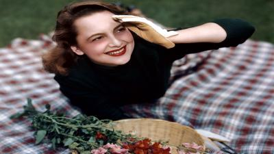 Olivia De Havilland Smile Wallpaper 55256