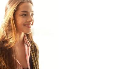 Olivia Thirlby Smile Wallpaper 55228