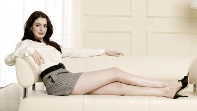 Sexy Anne Hathaway Wallpaper 51892
