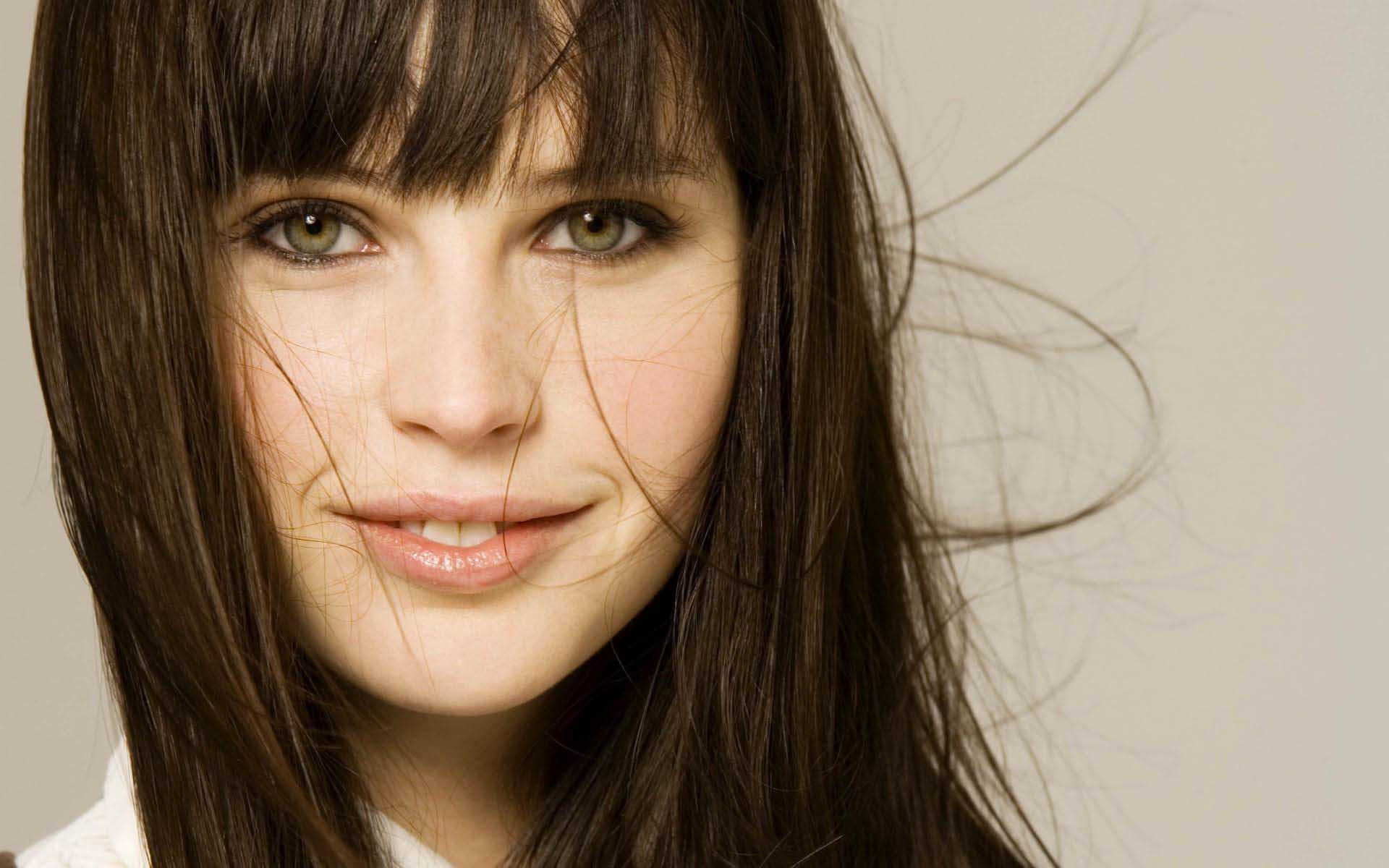 hot felicity jones wallpaper 55011