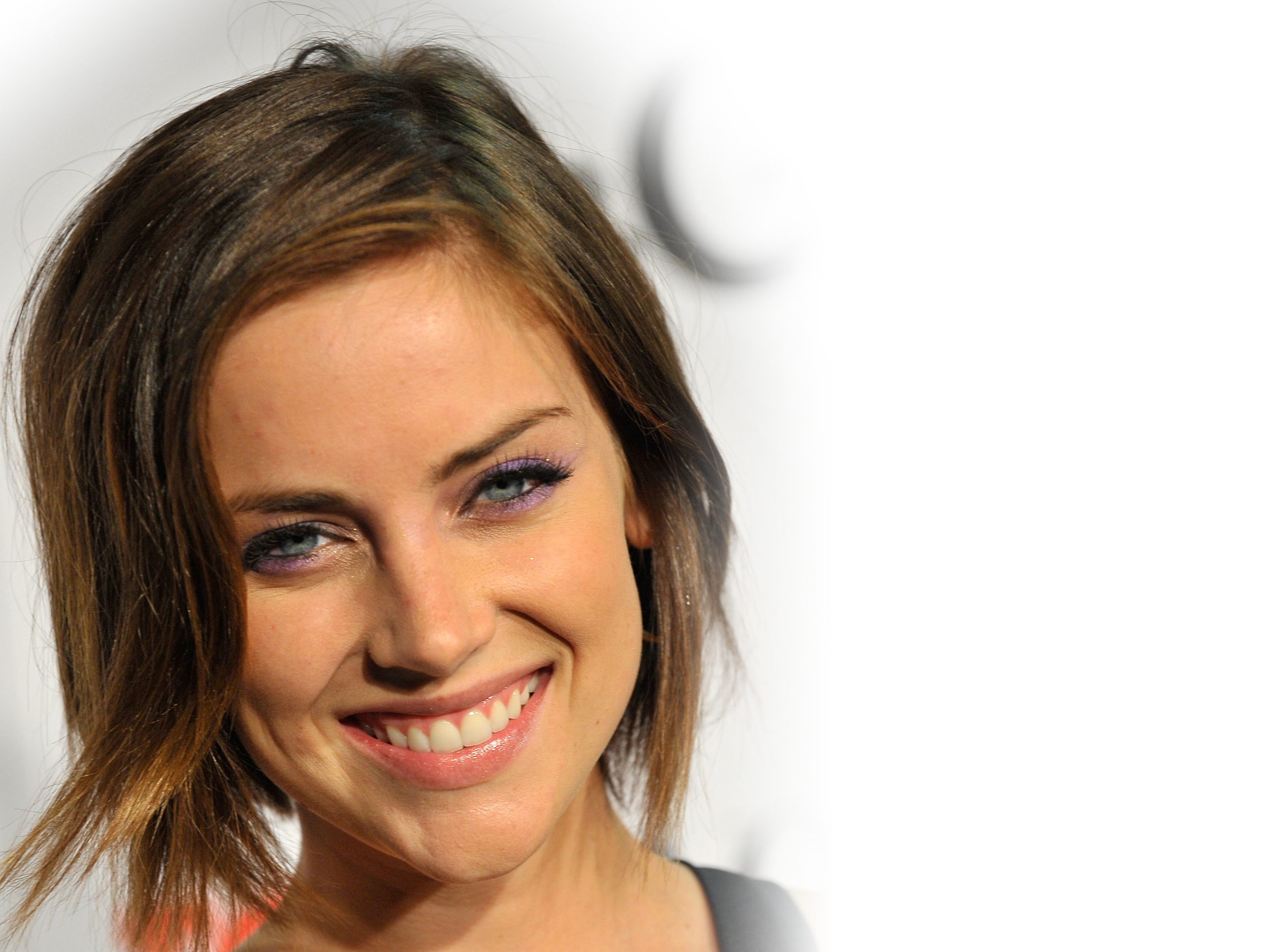 jessica stroup smile wallpaper 51136