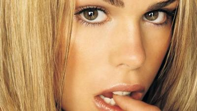 Billie Piper Face Widescreen Wallpaper 57785
