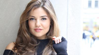 Danielle Campbell Actress Wallpaper 54833