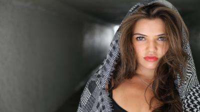 Danielle Campbell Makeup Wallpaper 54839