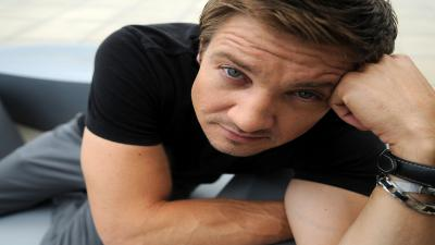 Jeremy Renner Wide Wallpaper 57221