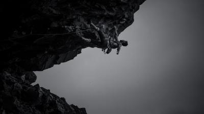 Monochrome Rock Climbing Wallpaper 56283