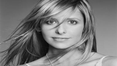Monochrome Sarah Michelle Gellar Wallpaper 52568