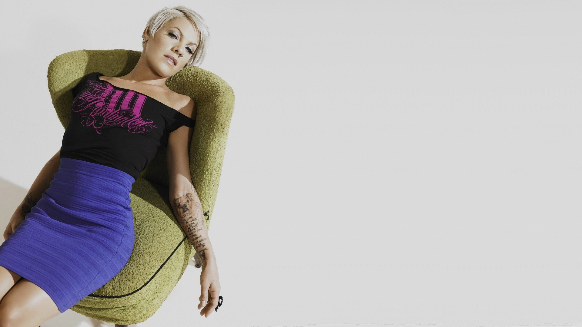 alecia beth desktop wallpaper 54399