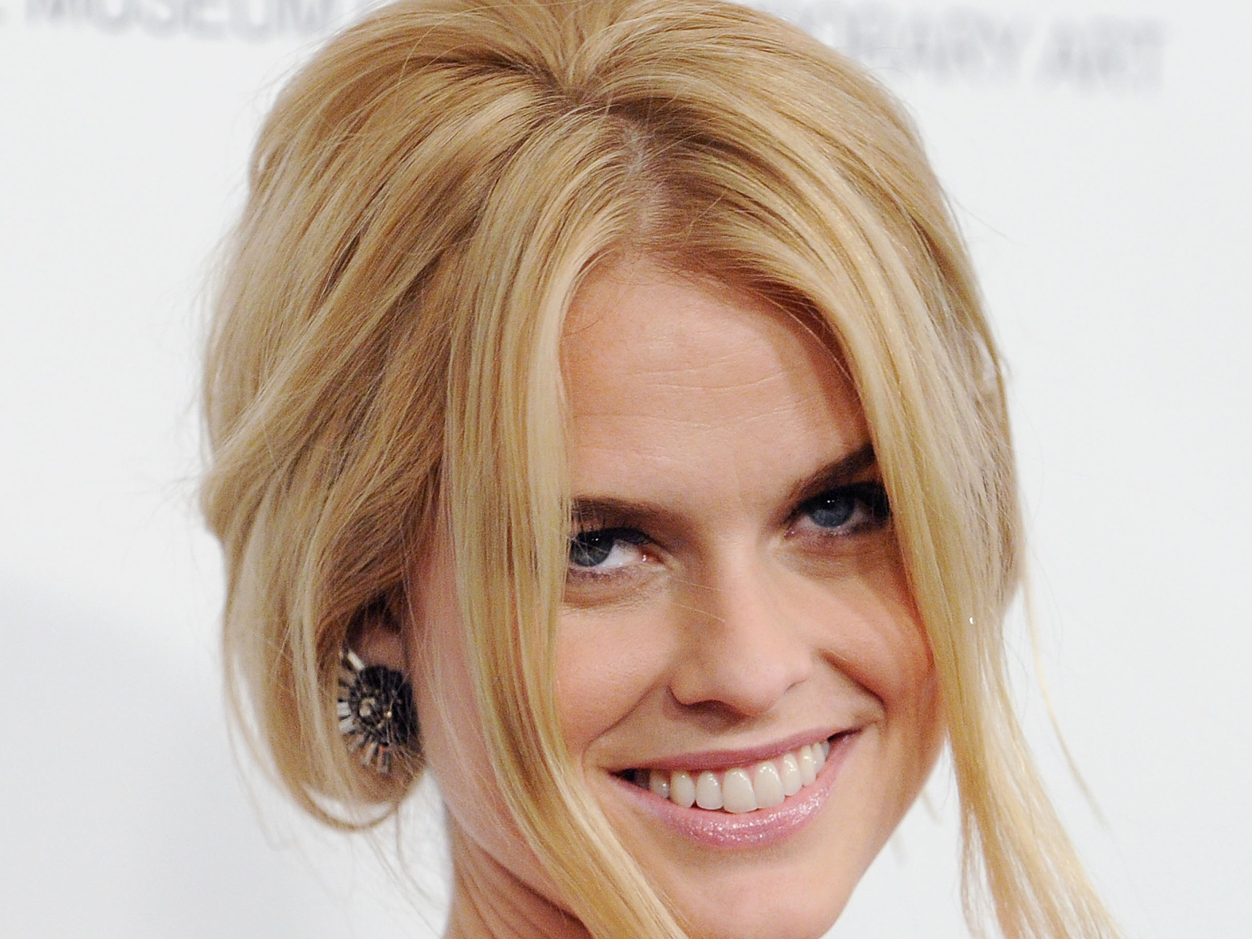 alice eve smile wallpaper background 56359