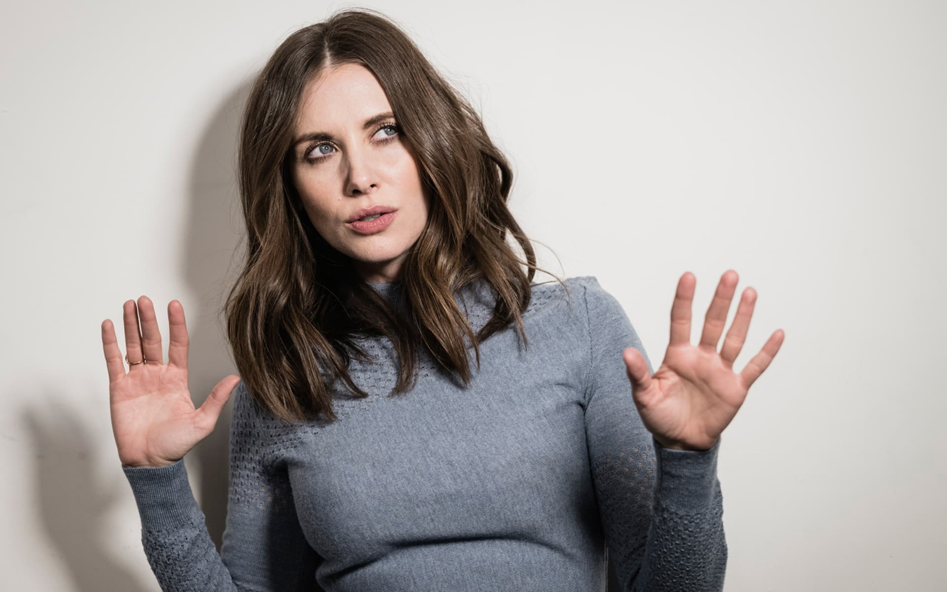 alison brie desktop wallpaper 52397