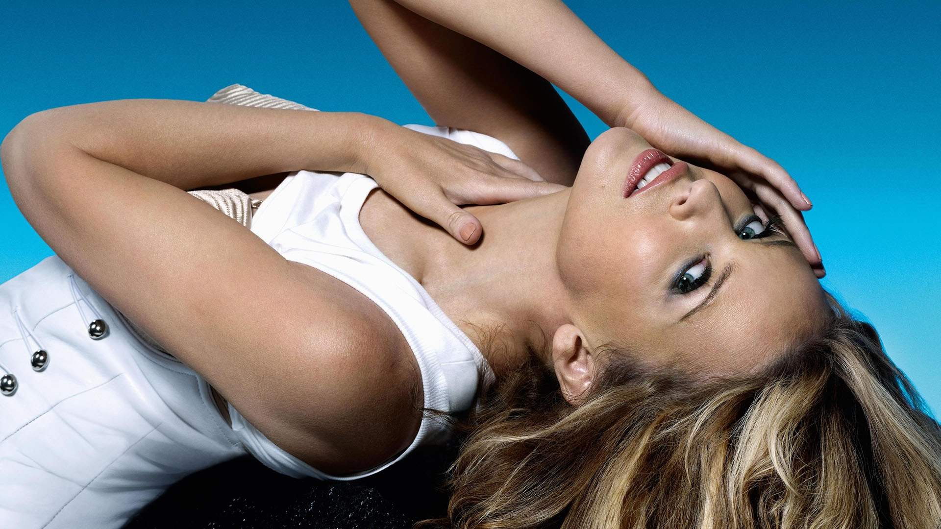 kylie minogue desktop wallpaper 51396