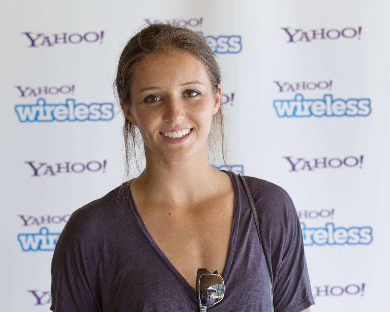 laura robson smile wallpaper pictures 53979