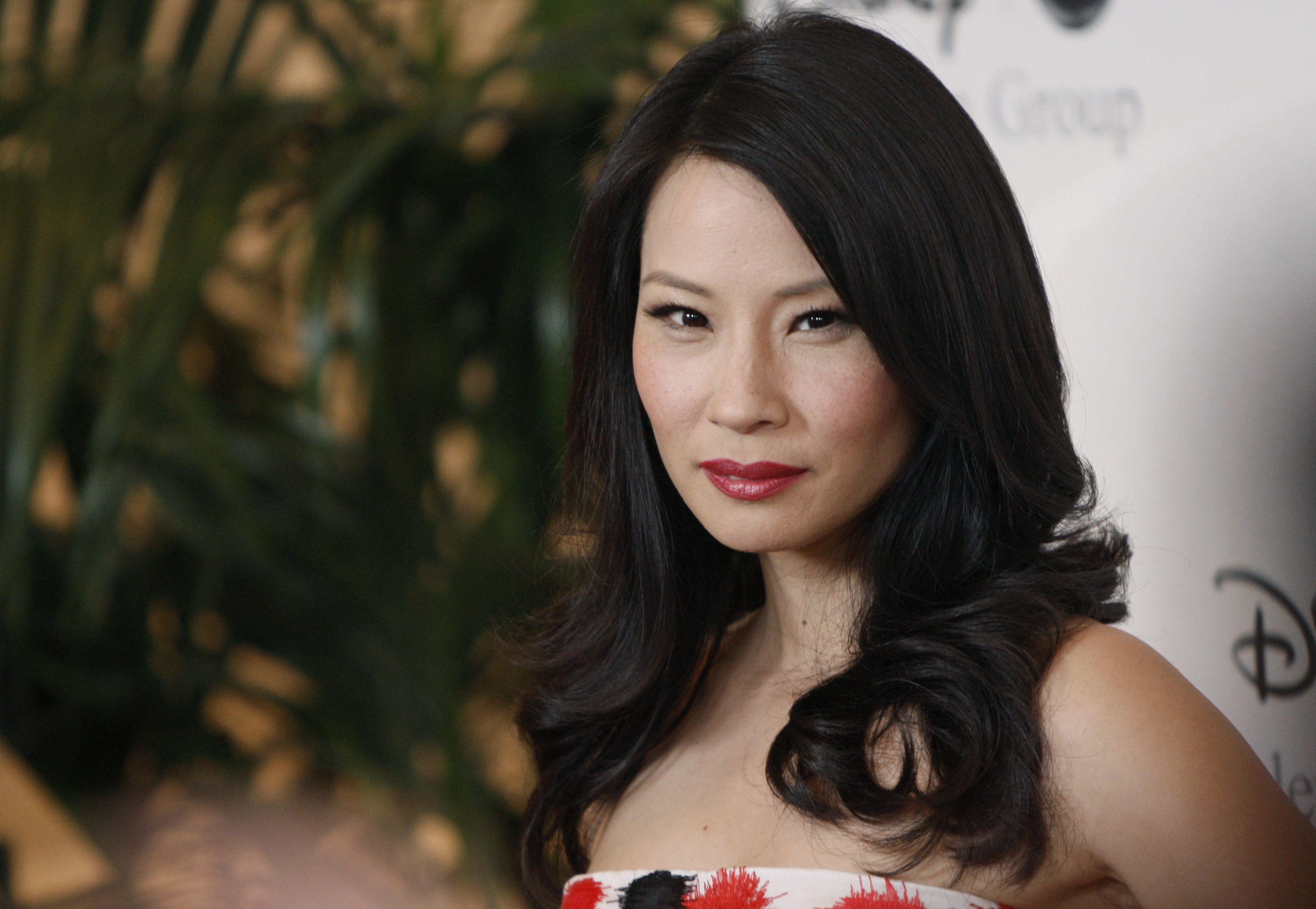 lucy liu celebrity wide wallpaper 58387