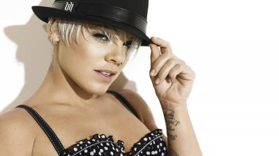 Alecia Beth Hat Wallpaper 54394