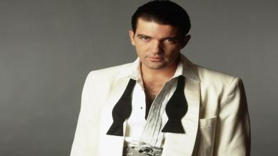 Antonio Banderas Suit Wallpaper Pictures 52109