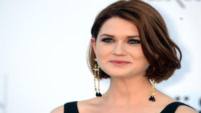 Bonnie Wright Celebrity Widescreen Wallpaper 55082