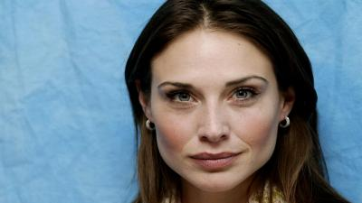 Claire Forlani Face Wallpaper 54785