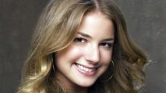 Emily Vancamp Desktop Wallpaper 50314