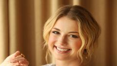Emily Vancamp Smile Widescreen Wallpaper 50313