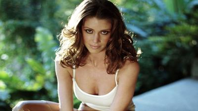 Hot Shannon Elizabeth Desktop Wallpaper 56380