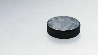 Ice Hockey Puck Wallpaper 52472