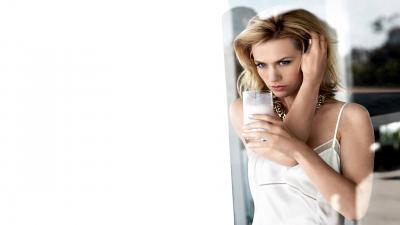 January Jones Desktop Wallpaper 55101