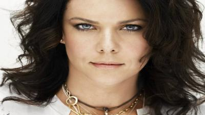 Lauren Graham Face Wallpaper 58395