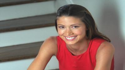 Shannon Elizabeth Smile Wallpaper Background 56374