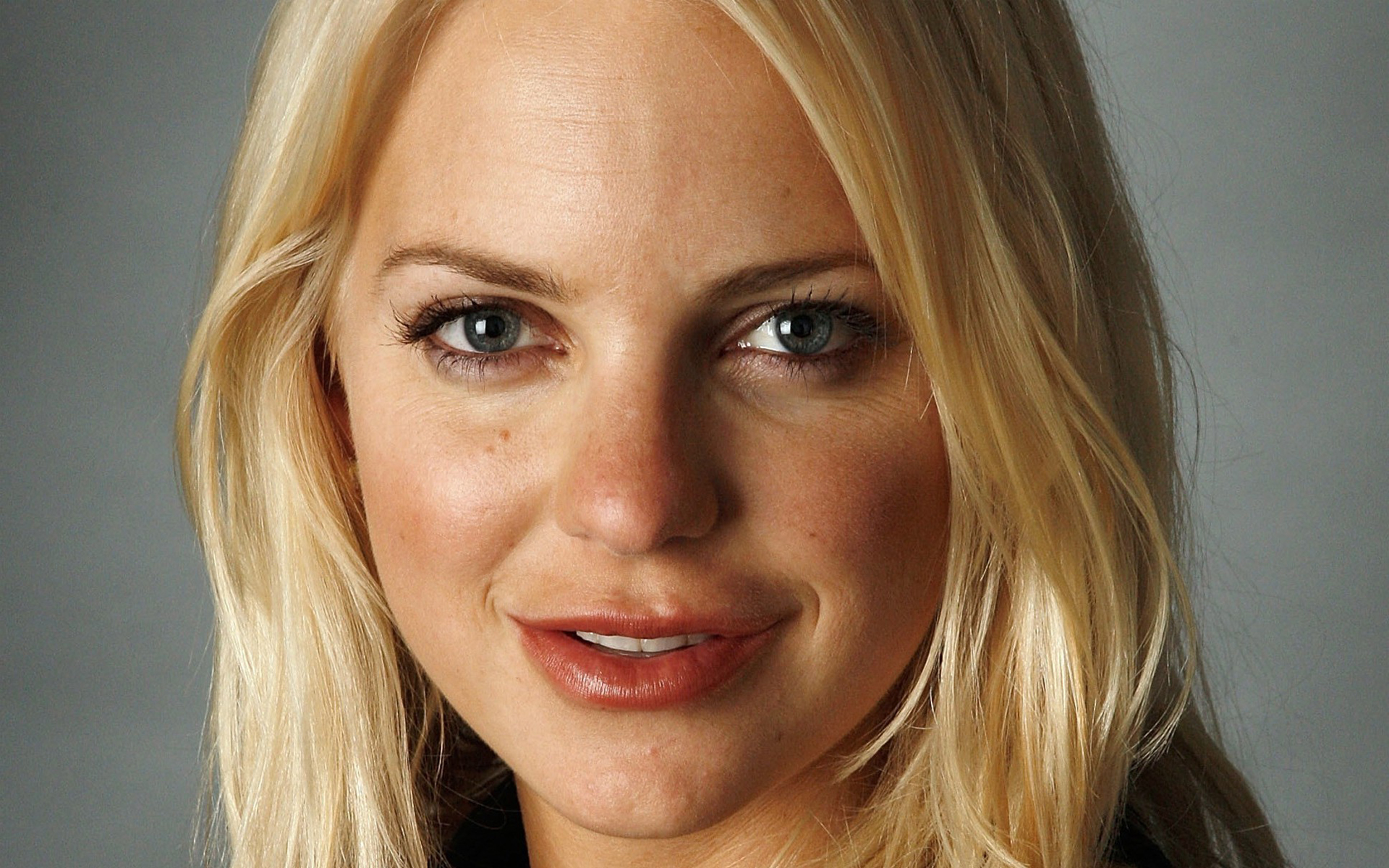 anna faris face wallpaper 53149