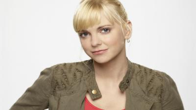 Anna Faris Widescreen Wallpaper 53151