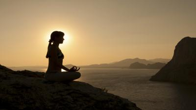 Meditation Girl Silhouette Wallpaper 53135