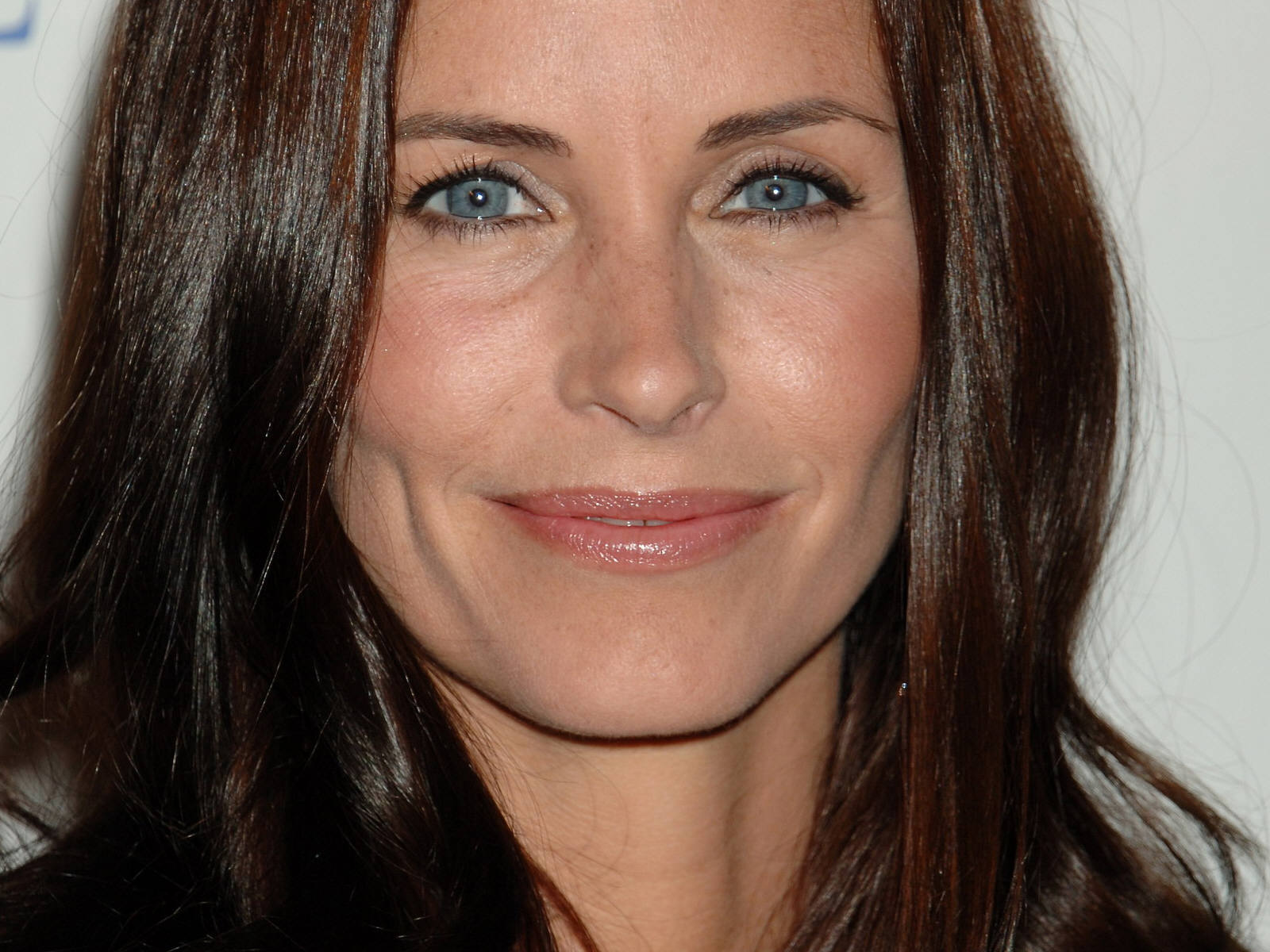 courteney cox face wallpaper 54462