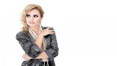 Alexandra Stan Desktop Wallpaper 52159