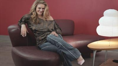 Alicia Silverstone Desktop Wallpaper 53435