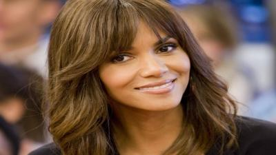 Halle Berry Celebrity Wallpaper 54472
