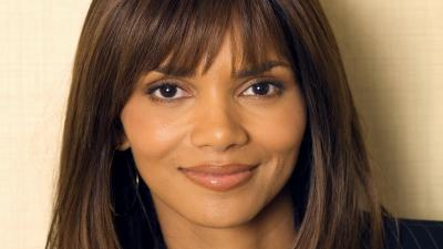 Halle Berry Face Desktop Wallpaper 54471