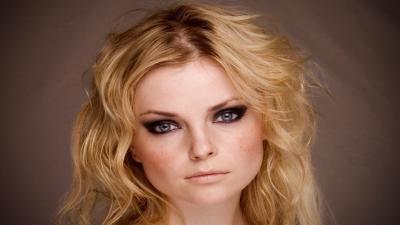 Izabella Miko Face Wallpaper 58303