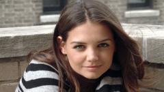 Katie Holmes Desktop Wallpaper 51442
