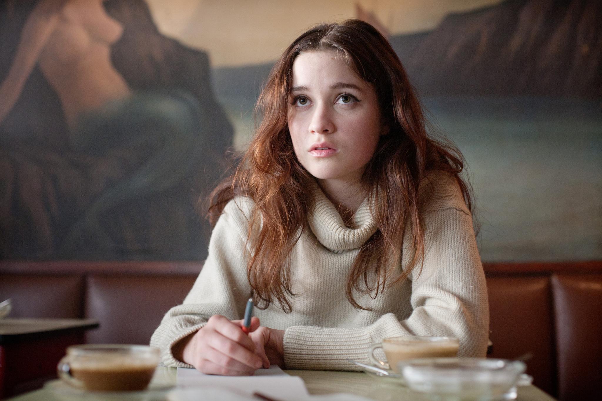 alice englert actress hd wallpaper 58943