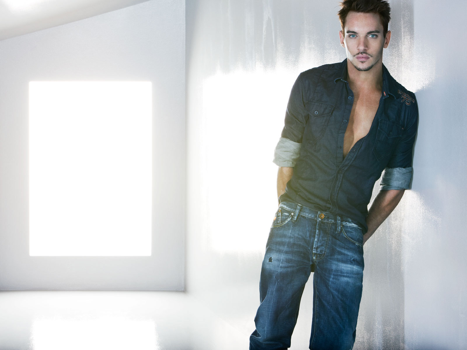 jonathan rhys meyers wallpaper photos 58934