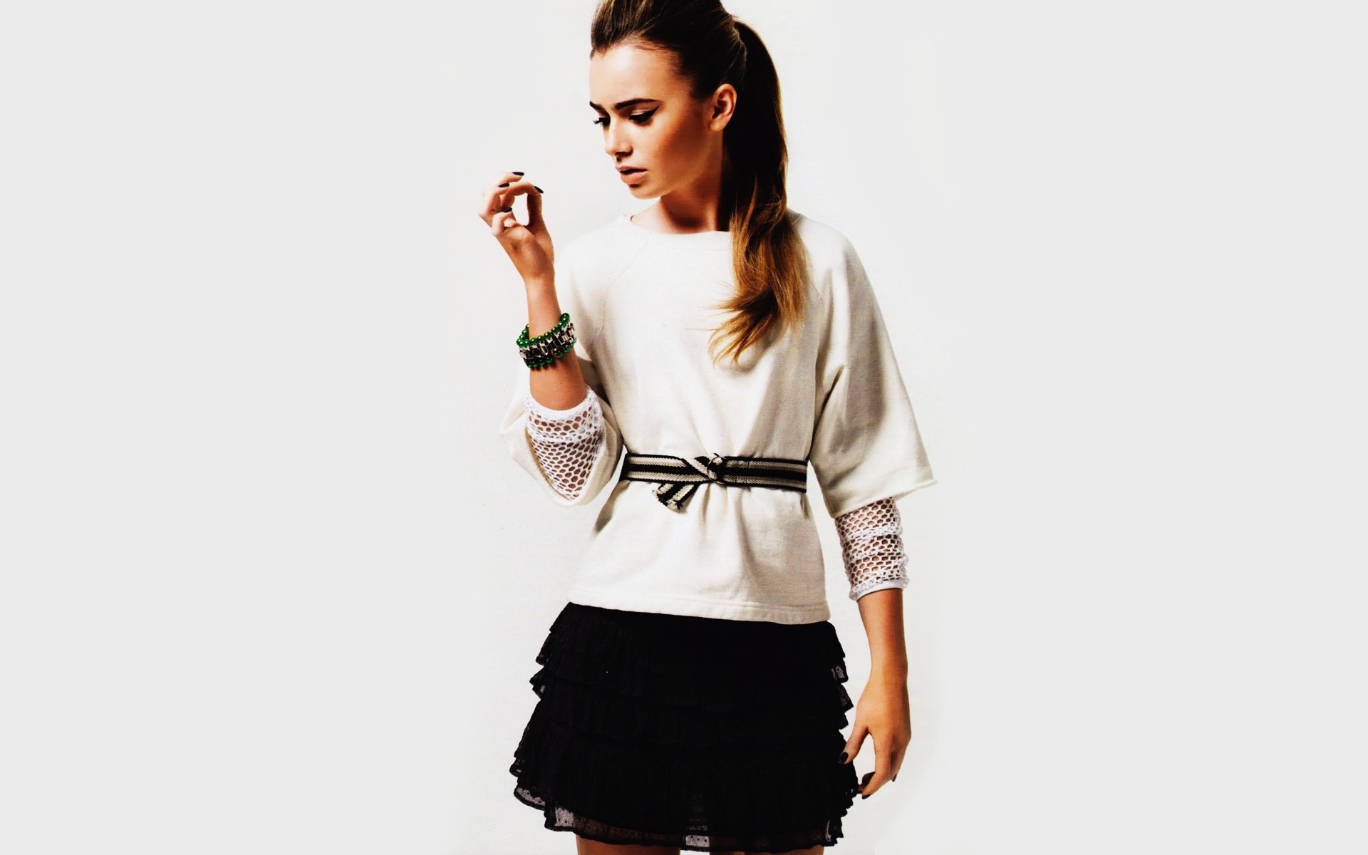 lily collins wallpaper 50816