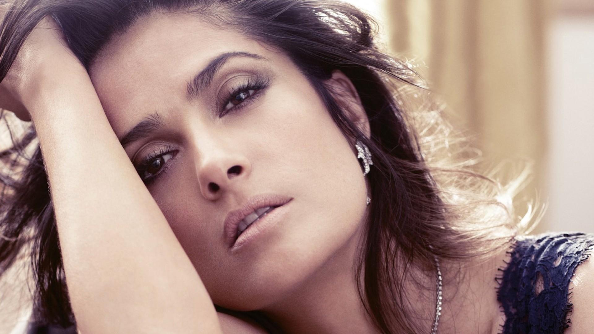 salma hayek celebrity desktop wallpaper 52009